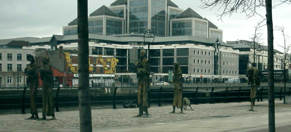 picture of famine memorial in Dublin